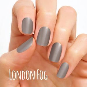 Accessories - Color Street Nail Strips - London Fog